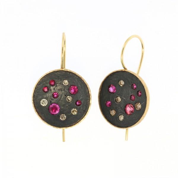 orecchini tondi rubini