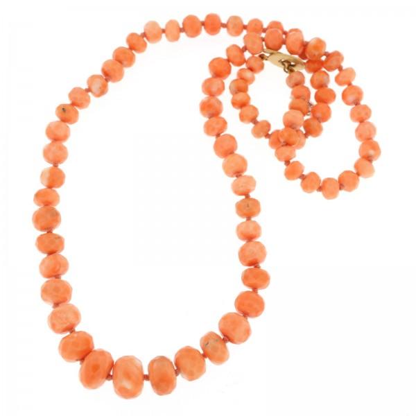 collana in corallo rosa