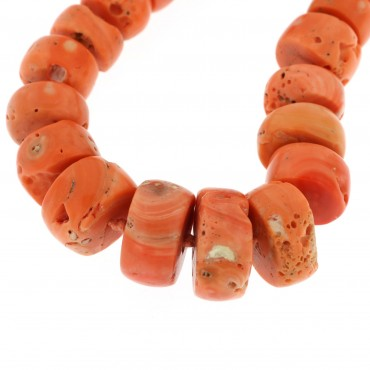 collana in corallo antico