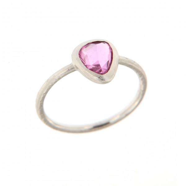 anello zaffiro rosa